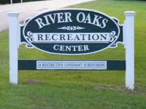 River Oaks Estates